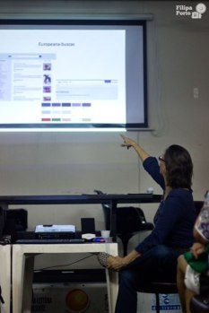 Talking about Europeana during one of my courses.